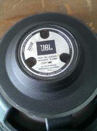 JBL 2227H
